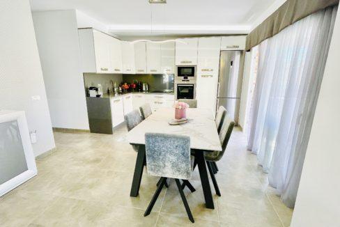 house palm mar kitchen