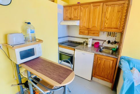 sol sun beach kitchen