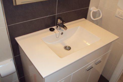 paloma beach bathroom 2_18.693825