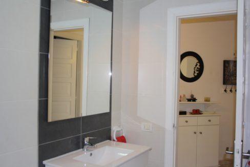 paloma beach bathroom_18.780079