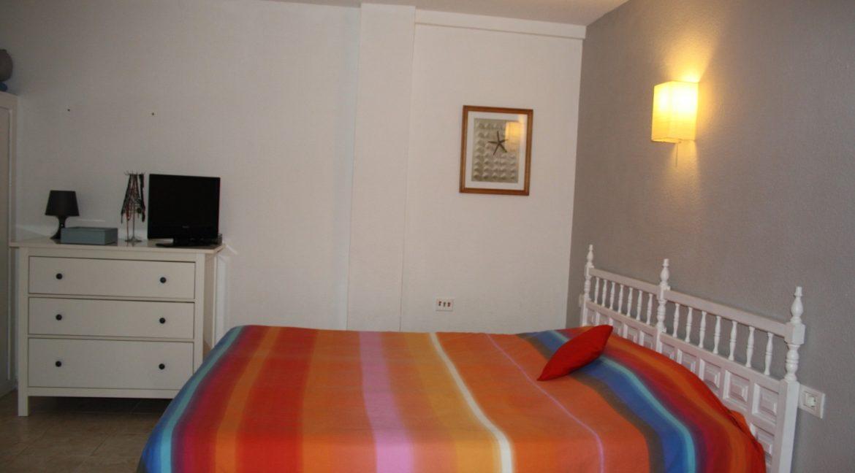 paloma beach bedroom 1_18.862277