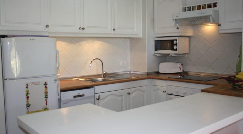 paloma beach kitchen 1_19.028501