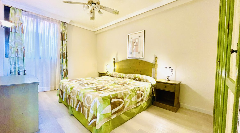 paradise court bedroom