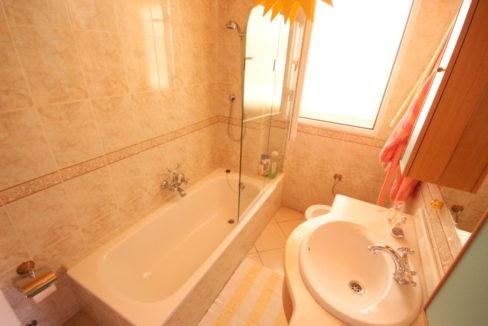 villa arcos bathroom 1