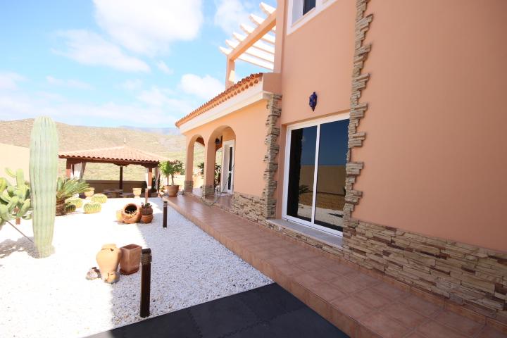 villa arcos garden