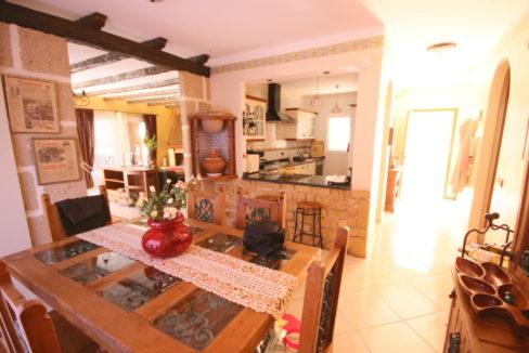 villa arcos kitchen
