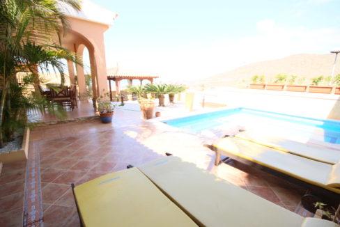 villa arcos pool