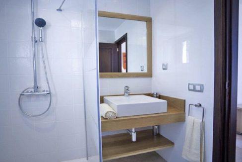 villa atlantida bathroom
