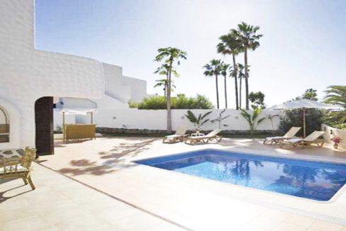 villa atlantida pool