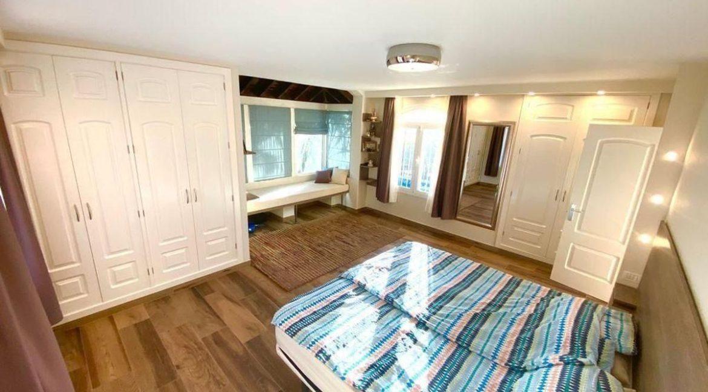 villa mart bedroom 4