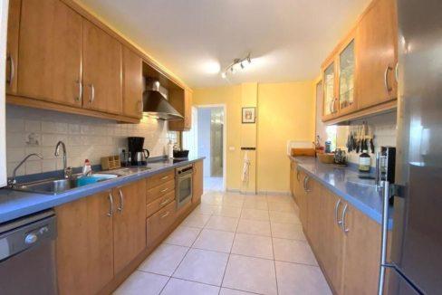 villa mart kitchen 1