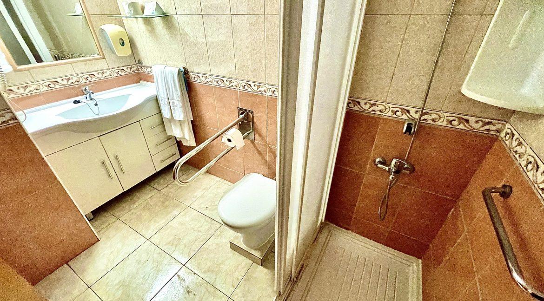 santa maria bathroom 2
