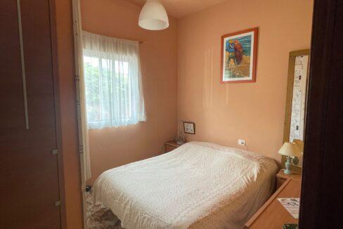 valle san lorenzo bedroom
