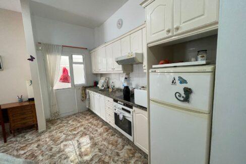 valle san lorenzo kitchen 1